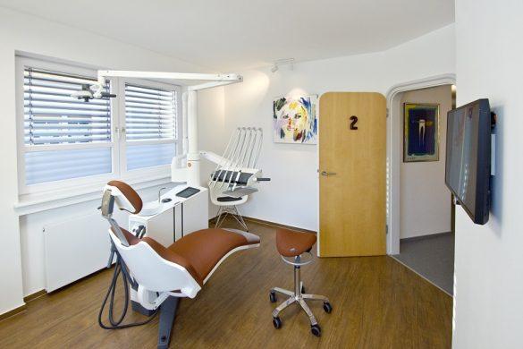 Sanierung einer Zahnarztpraxis in Haslach